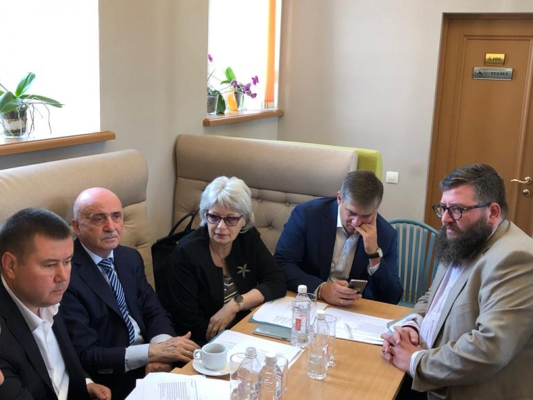 Блудян Норайр на заседание Комиссии по транспорту ОПМ